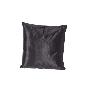 black_velvet_cushion1